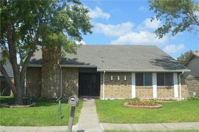 Garland Single Family Home For Sale: 2409 Emerson Drive