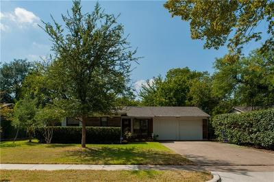 Farmers Branch Single Family Home For Sale: 13519 Onyx Lane