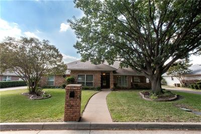 North Richland Hills Single Family Home For Sale: 4813 Lake Side Circle