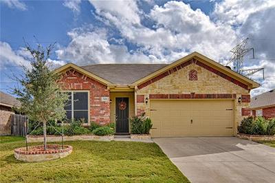 Arlington Single Family Home For Sale: 7009 Pikes Peak Way