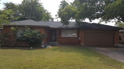 Dallas, Fort Worth Single Family Home For Sale: 2020 Millmar Drive