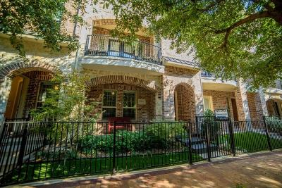 Addison Townhouse For Sale: 5025 Calloway Drive