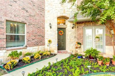 Fort Worth Single Family Home For Sale: 9609 Courtright Drive