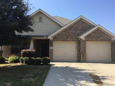 Residential Lease For Lease: 421 Sugarberry Lane
