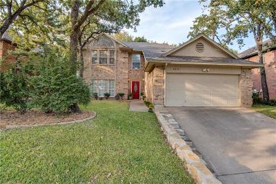 Grapevine Single Family Home For Sale: 1812 Haydenbend Circle