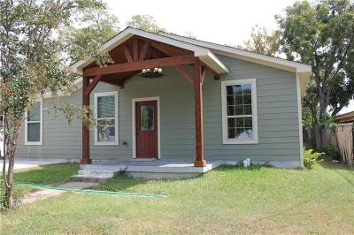 Tarrant County Single Family Home For Sale: 2609 Cravens Road