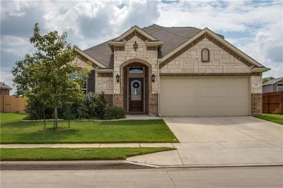 Fort Worth Single Family Home For Sale: 821 Cropout Way