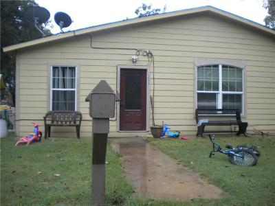 Bridgeport Single Family Home For Sale: 311 W Cobb Street