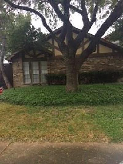 Dallas Half Duplex Active Option Contract: 9728 Springtree Lane