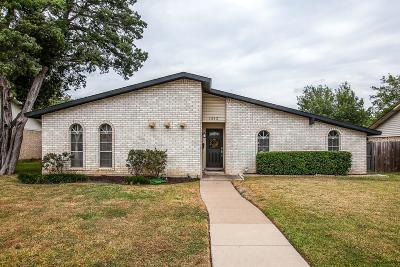 Lewisville Single Family Home For Sale: 1313 Cherry Hill Lane