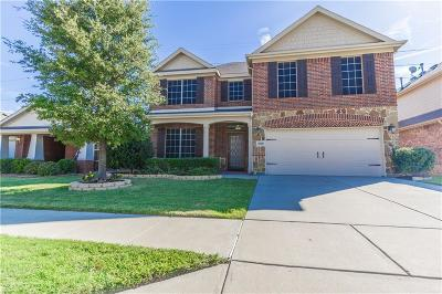 Fort Worth Single Family Home For Sale: 15636 Wheelhorse Trail