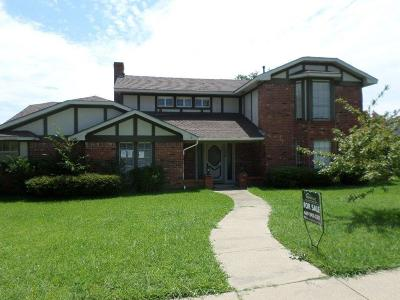 Garland Single Family Home For Sale: 1434 Colonel Drive