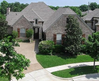 Keller Single Family Home For Sale: 227 La Fontaine Lane