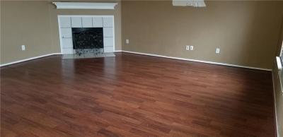 Grand Prairie Single Family Home For Sale: 5143 Autumn