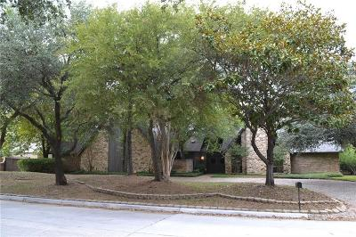 Dallas Single Family Home For Sale: 5315 Bent Tree Drive