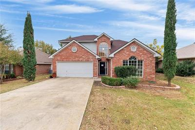 North Richland Hills Single Family Home For Sale: 7636 Jamie Renee Lane