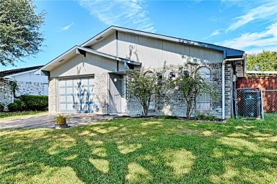 Garland Single Family Home Active Contingent: 1622 Dell Oak Drive