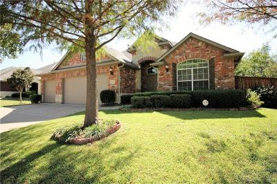 Hickory Creek Single Family Home For Sale: 111 Stamford Drive