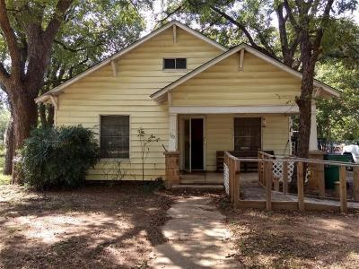 Graham Single Family Home For Sale: 722 Plum Street