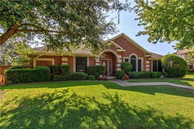 Rowlett Single Family Home For Sale: 4214 Bluffpoint Road