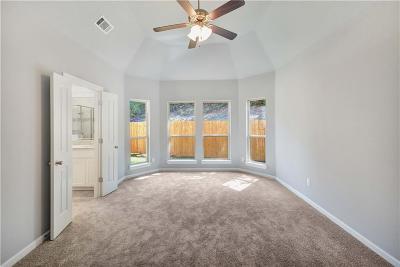 Arlington Condo For Sale: 2203 Highland Villa Lane