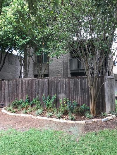 Dallas Half Duplex For Sale: 4935 Thunder Road