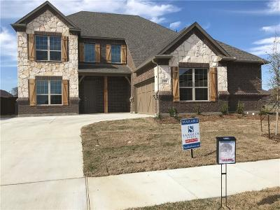 Grand Prairie Single Family Home For Sale: 328 Burberry Drive
