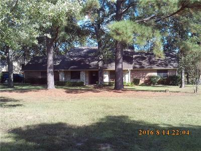 Grand Saline Single Family Home Active Contingent: 407 Vzcr 1711