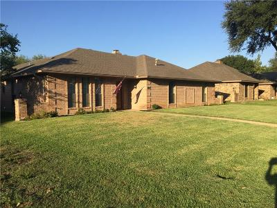 Allen Single Family Home For Sale: 715 Green Brook Drive