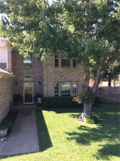 Arlington Single Family Home For Sale: 6124 Silkcrest Trail
