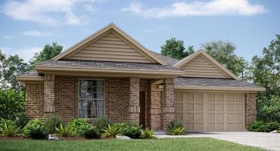 Waxahachie Single Family Home For Sale: 107 Broken Arrow Street