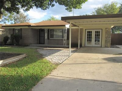 White Settlement Single Family Home Active Option Contract: 552 Parkside Drive