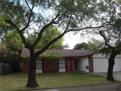 Bedford Single Family Home For Sale: 2105 El Campo