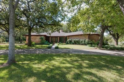 Keller Single Family Home For Sale: 601 Dana Drive