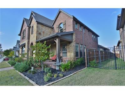 Arlington Single Family Home For Sale: 1123 Autumn Mist Way
