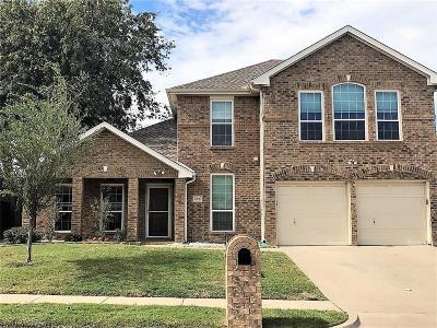 Lake Dallas Single Family Home For Sale: 505 Briaroaks Drive