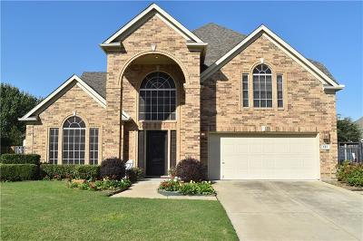 Hurst Single Family Home For Sale: 481 Shade Tree Circle