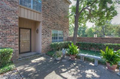 Dallas, Fort Worth Condo For Sale: 4317 Bellaire Drive S