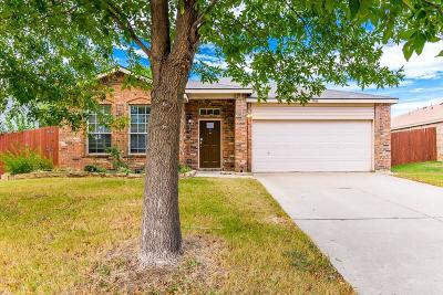 Denton Single Family Home For Sale: 7900 Seven Oaks Lane