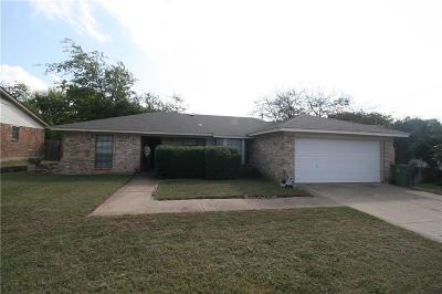 Arlington Single Family Home For Sale: 5911 Cedar Ridge Drive