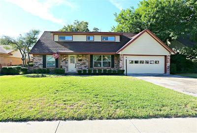 Farmers Branch Single Family Home For Sale: 2930 Maydelle Lane