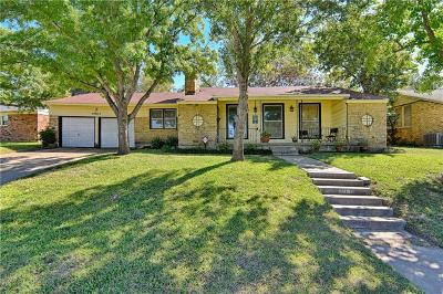Fort Worth Single Family Home For Sale: 4901 Staples Avenue