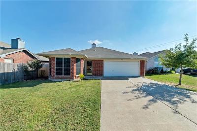 Arlington TX Single Family Home For Sale: $168,000