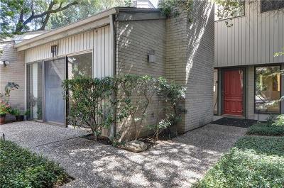 Dallas Half Duplex For Sale: 5032 Thunder Road