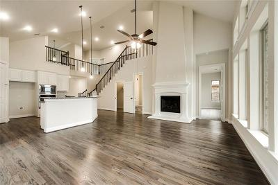 Fort Worth Single Family Home For Sale: 15604 Gatehouse Drive
