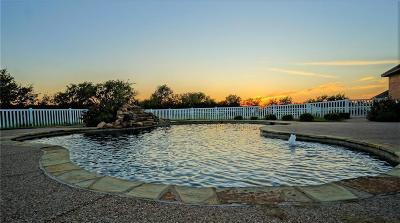 Haslet Single Family Home For Sale: 2108 Bear Springs Drive