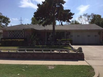 Arlington Single Family Home For Sale: 2130 Brookshire Street