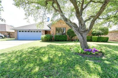 Benbrook Single Family Home For Sale: 10113 Wandering Way Street
