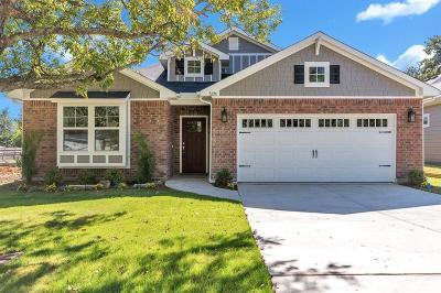 Lake Dallas Single Family Home For Sale: 522a Howard Drive