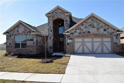 Aledo Single Family Home For Sale: 636 Yucca Court
